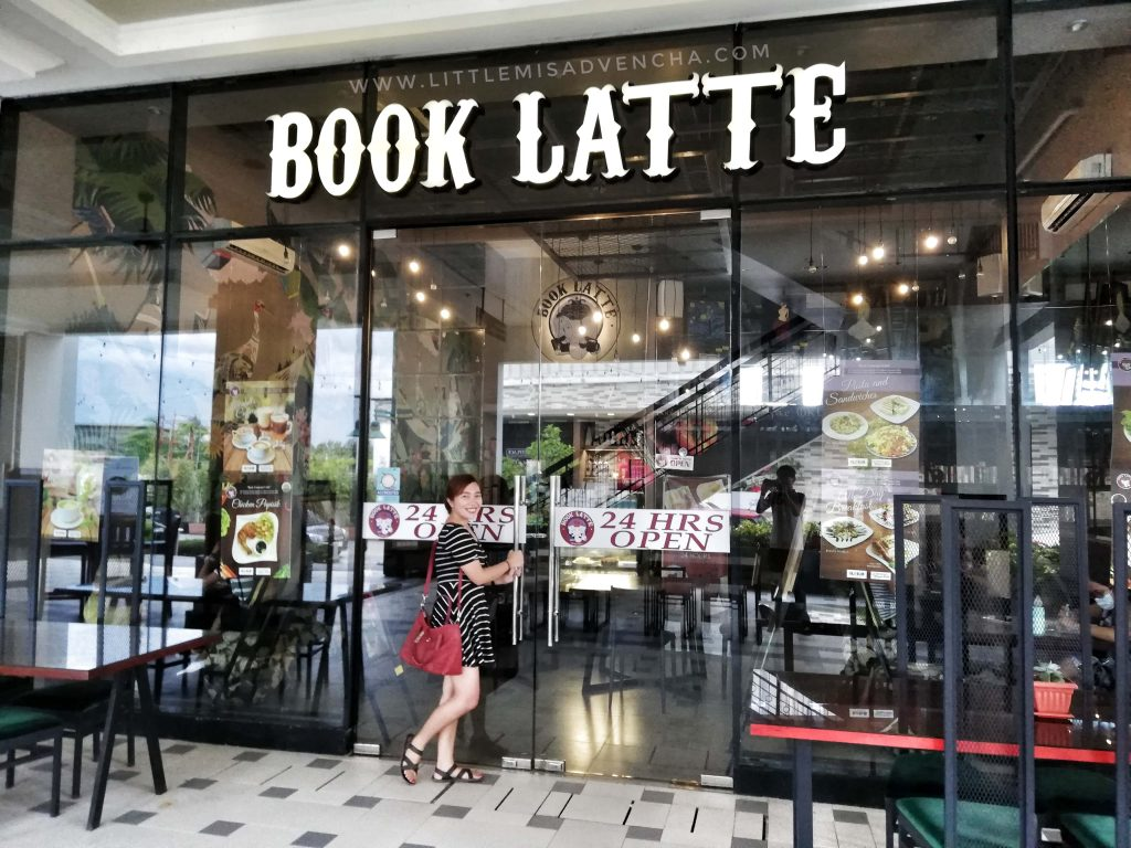 Book Latte Cafe